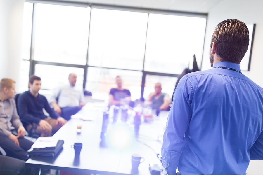Should you Hire External or Internal Job Candidates?